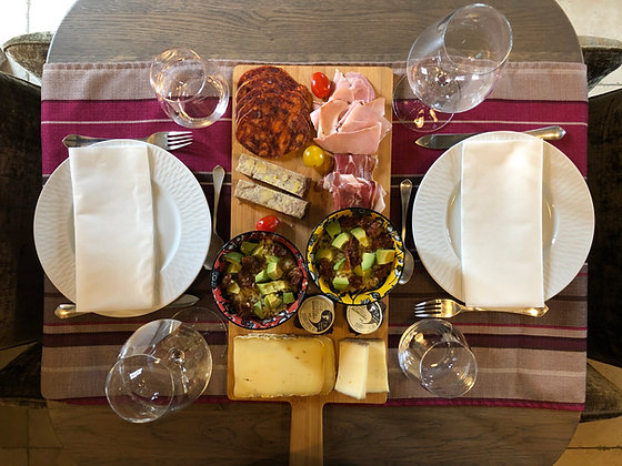 planche-charcuterie-fromages-dessert-perigord
