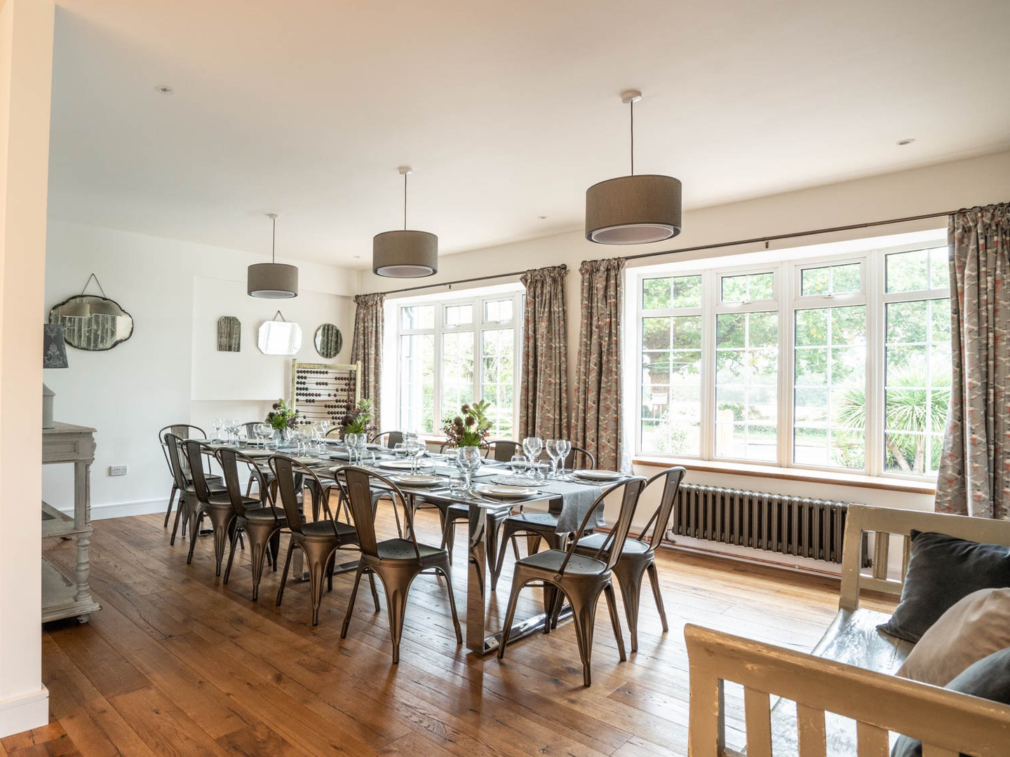 spacious and light dining room