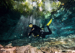 photo in cenote.jpg