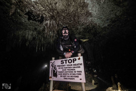 cenotes cave diving mx.jpg