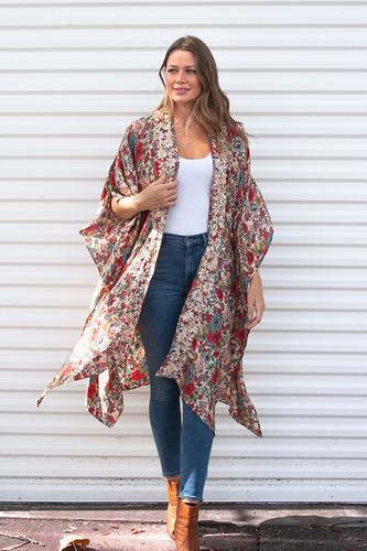 Love Kyla Mercer Kimono   Fall 2020