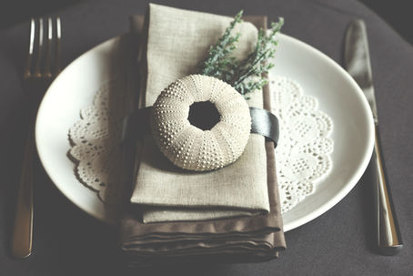 Simple lace plate setting