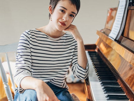 Practical piano lesson 1: Free Fall