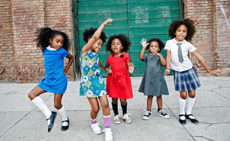 Kids dancing on the street