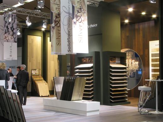 pak, projectrealisatie, alblasserdam, interieur, displays, stands, verpakking, solidfloor