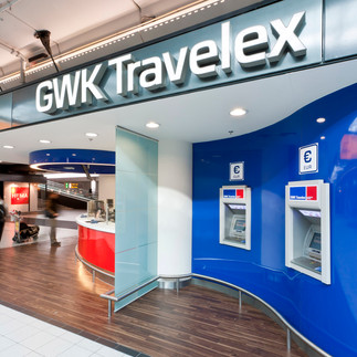 pak, projectrealisatie, projecten,interieur, displays, gwk, travelex, schiphol, amsterdam