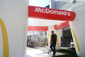 Customized cooling inflatable misting tent McDonald's