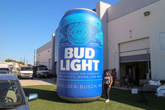 20-ft-bud-light-can-inflatable.JPG