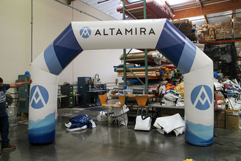 inflated-balloon-arch.JPG