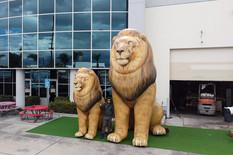 inflatable-lion.JPG