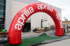 los-angeles-inflatable-arch.JPG