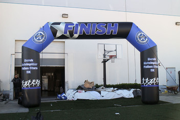 finish-line-arch-inflatables.JPG