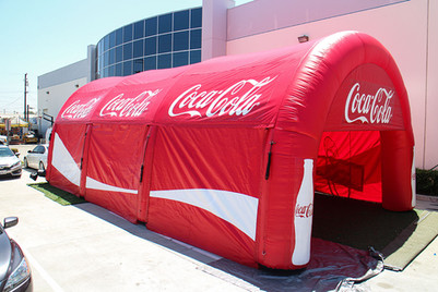 giant-coca-cola-tunnel.JPG