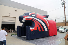 Inflatable tiger head tunnel entrance