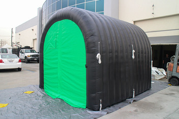 inflatable-tunnel-tent.JPG