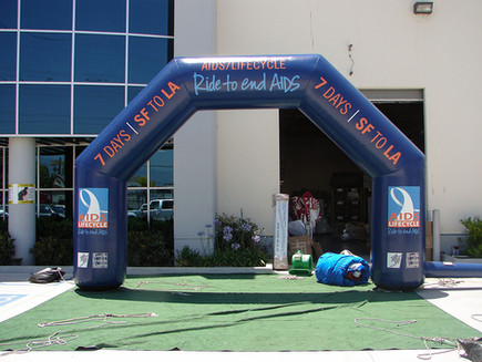 inflatable-arch-los-angeles.JPG