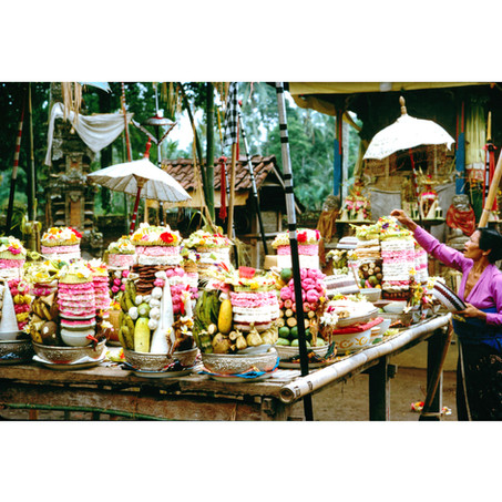Voluntary offerings at a small temple.jp