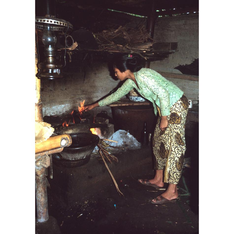Food staal-keeper cooking.jpg