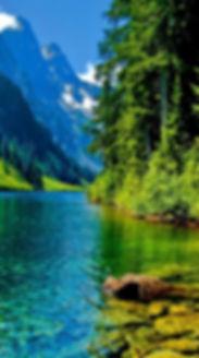 green-mountain-landscape-wallpaper-hd-de