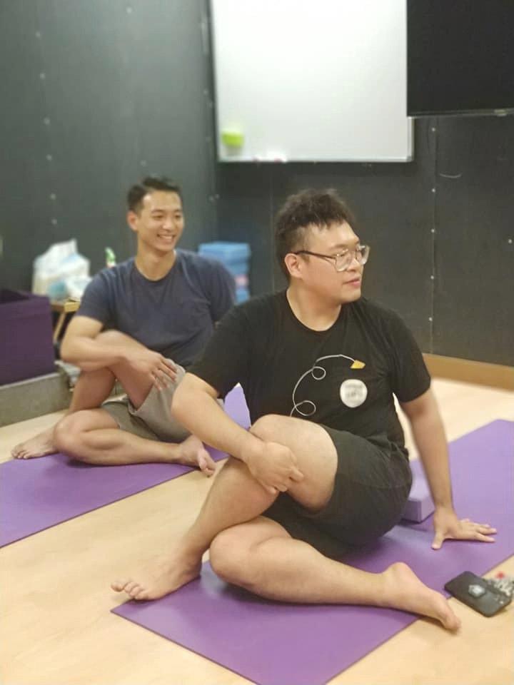 Zoom 網上初級瑜伽班