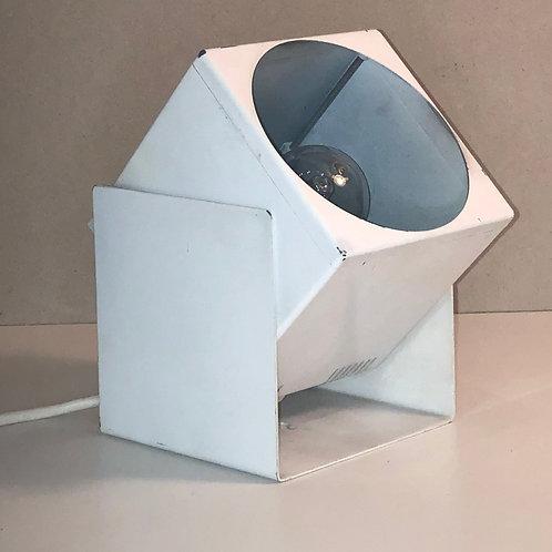 LP013 - LAMPE CUBE LITA