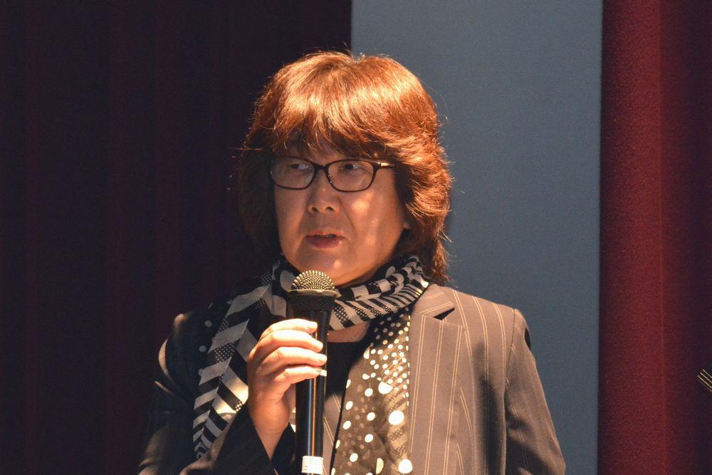 嶋崎田鶴子さん