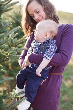 Zimmer Family Portraits_Holiday_Majestic Tree Farm_2016 (11 of 23)