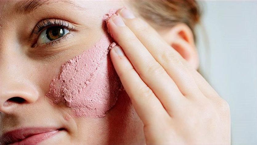 DIY-Overnight-Face-Mask_edited.jpg