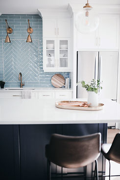 ACS_0171.JPGLisa Clark Design Winnipeg Manitoba Interior Design white kitchen blue island oriental rug blue backsplash gold hardware