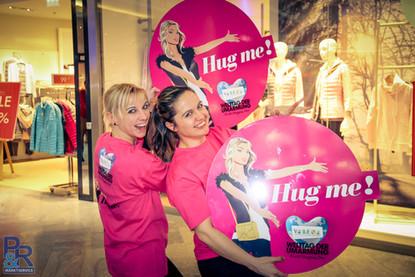 Hug me day! Eventpromotion P&R Marktservice