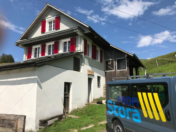 Ersatz der Fensterläden und neue Zargen für das Alpüttli Schwarzegg im Wägital