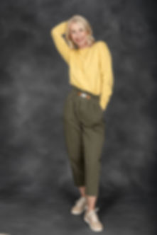Ulli Khakihose, gelber Pullover 1.jpg