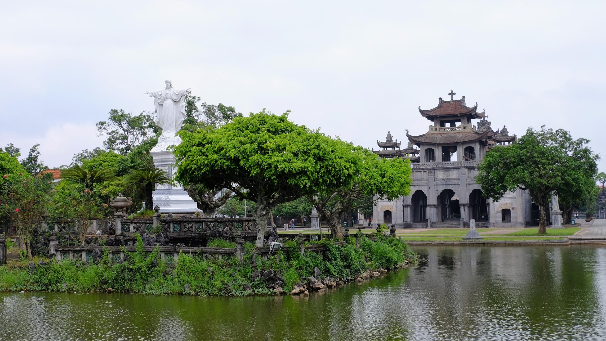Cathédrale de Phat Diem.