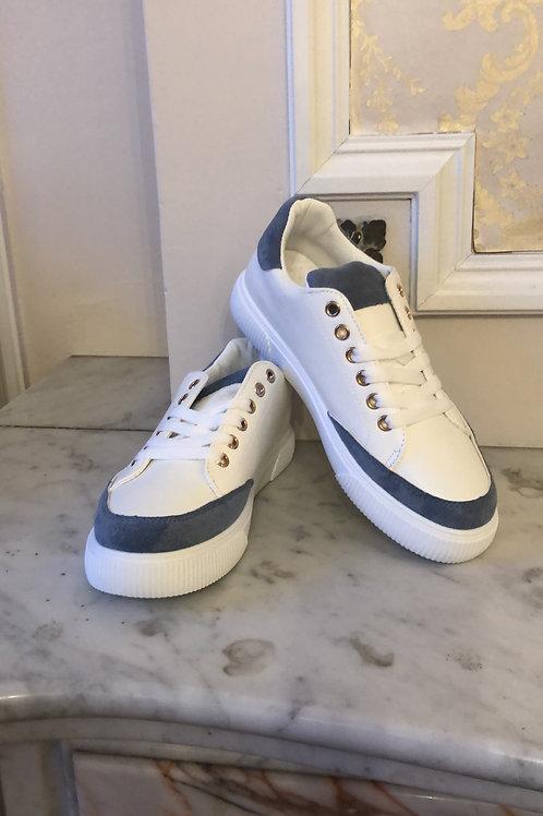 Sneakers met jeansblauw