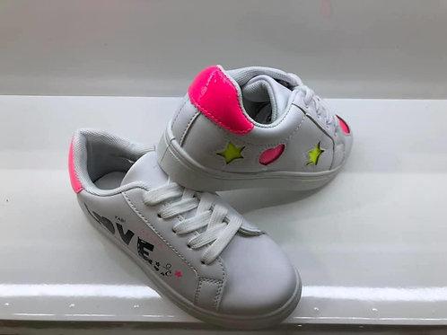 Sneakers met fluo en LOVE