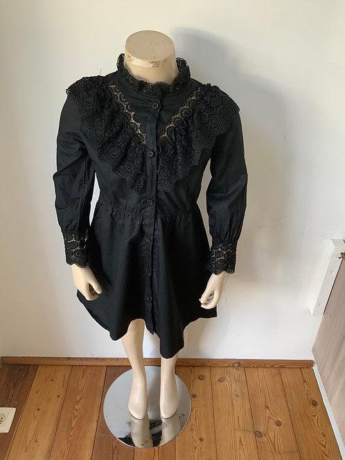 Kleed zwart met kant