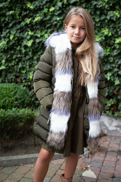 Prachtige jas in kaki met pels