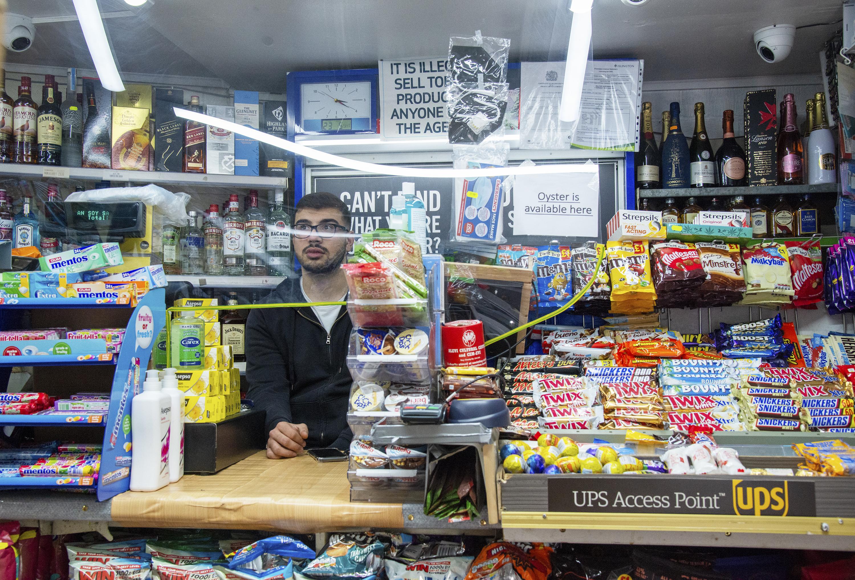 Hilltop Supermarket N19