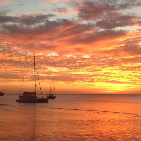 Sunset in Dominica - Ojanzu