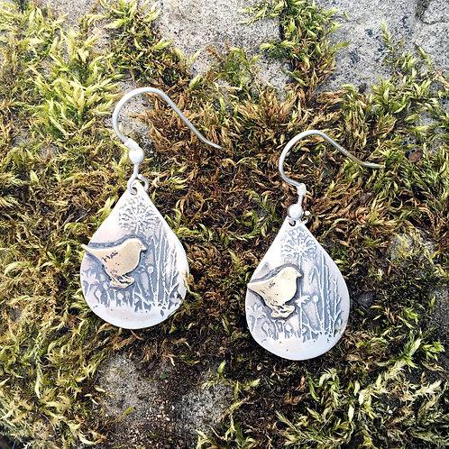 Teardrop bird earrings with wild flowers