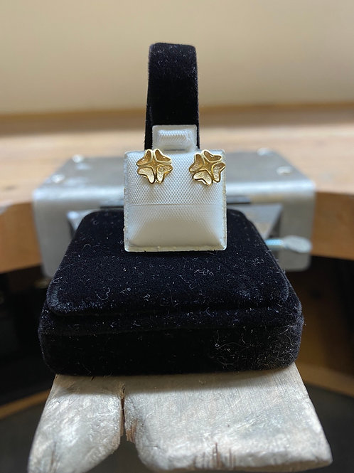 9CT Patterned Studs