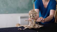 La marionnette sur table en Kraft - Anthony Diaz - 2021