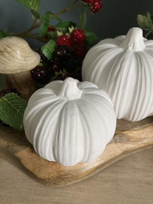 Small ceramic pumpkin
