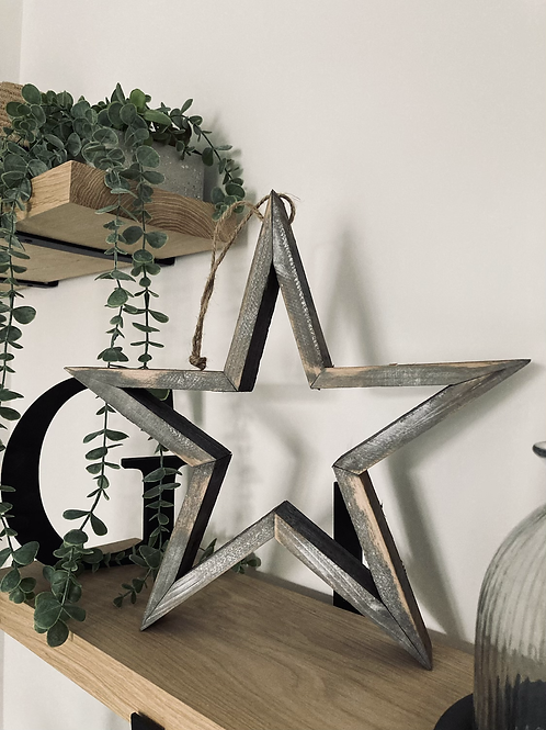 Small hanging wooden star