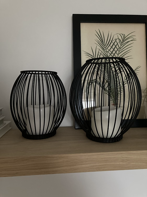 Large wire candle holder