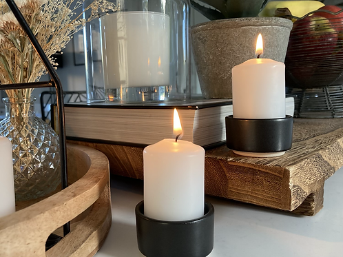 Stoneware candle holder and candle