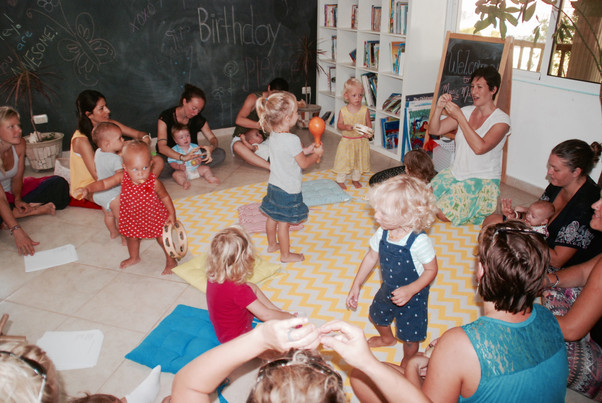 Playschool Starts Friday with Music Makers