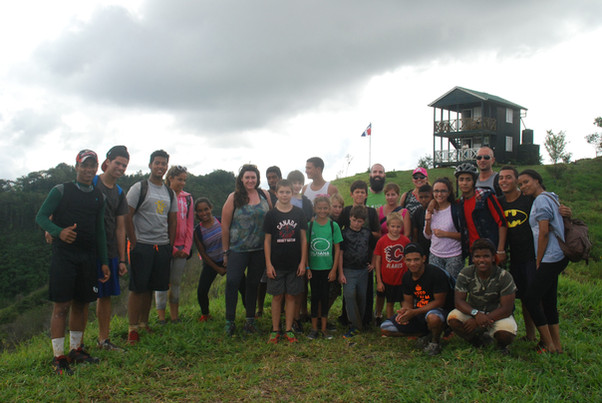 ISLA Students Hike Salcedoa Nature Preserve