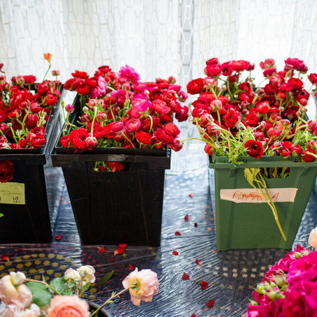 4 Things to Factor into your Hotel Floral Budget