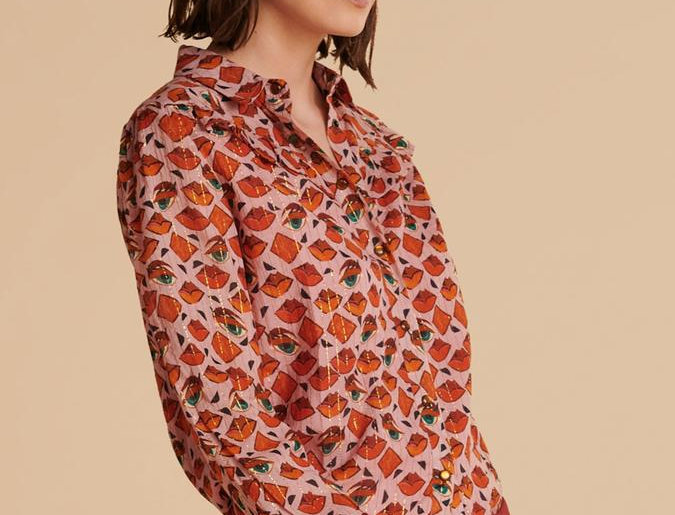Blouse WINKS AND KISSES PIN
